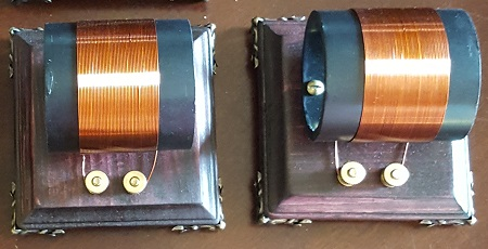 Extra Inductor Coil with Variable Capacitor and LEDs.